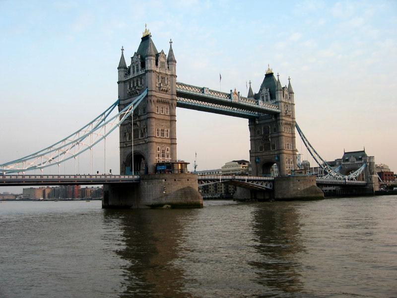 Tower bridge tower of london